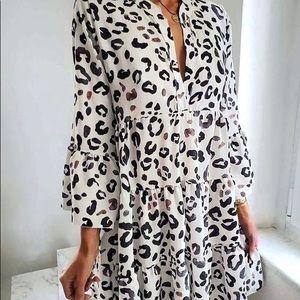 Leopard Printed V-Neck Long Sleeve Loose Dress
